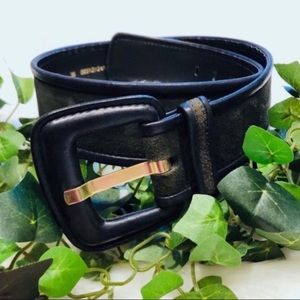 Escada Hunter Green Suede Leather Belt